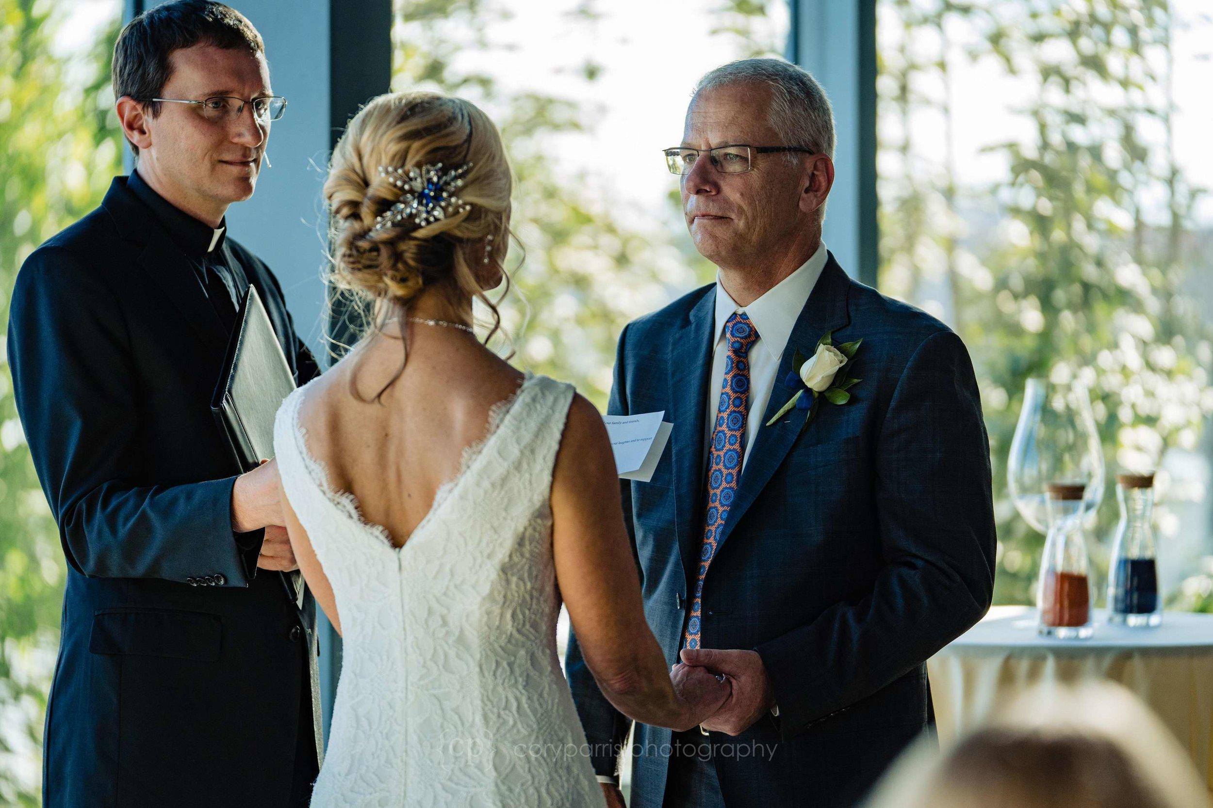 419-World-Trade-Center-Seattle-Wedding.jpg