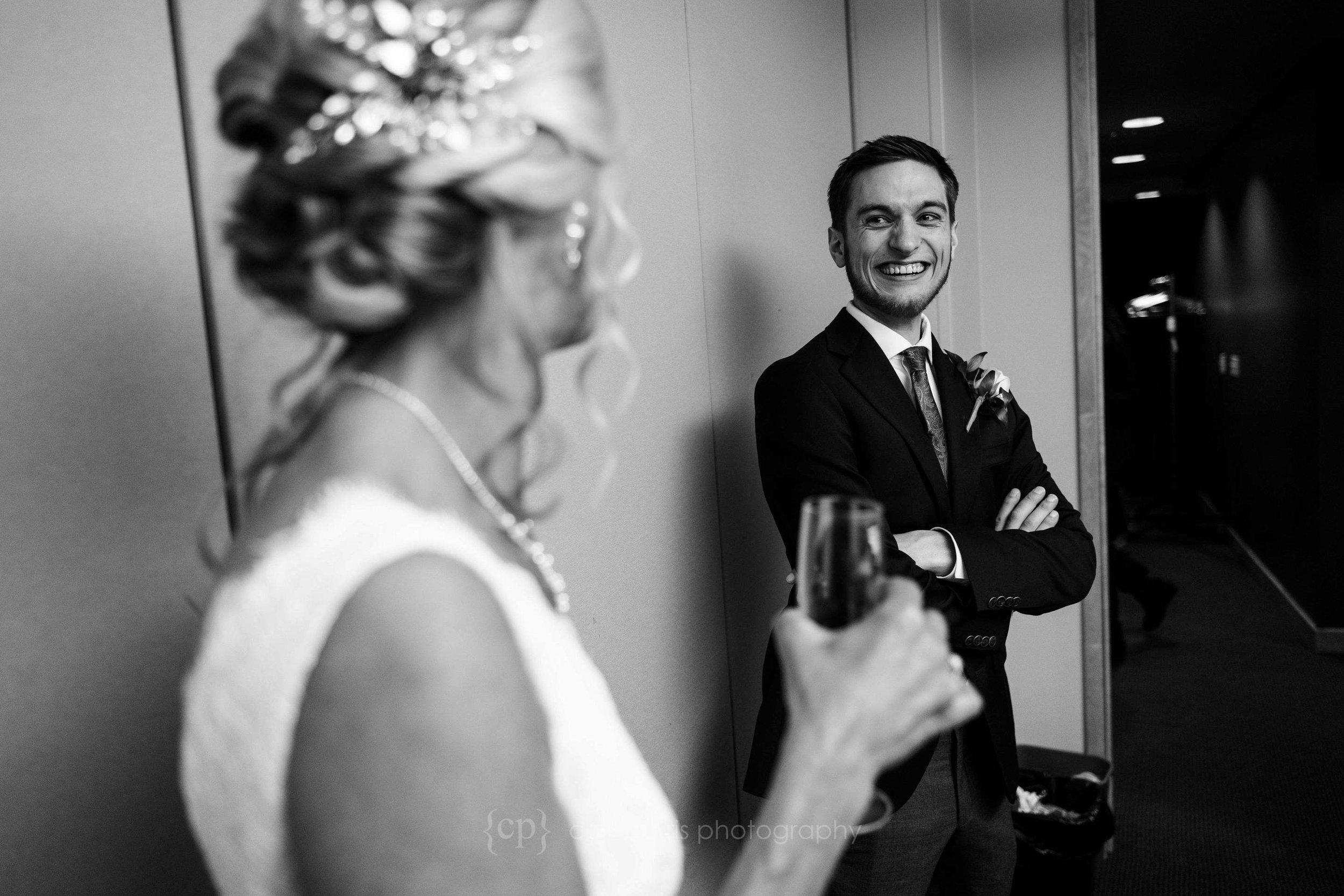 477-World-Trade-Center-Seattle-Wedding.jpg