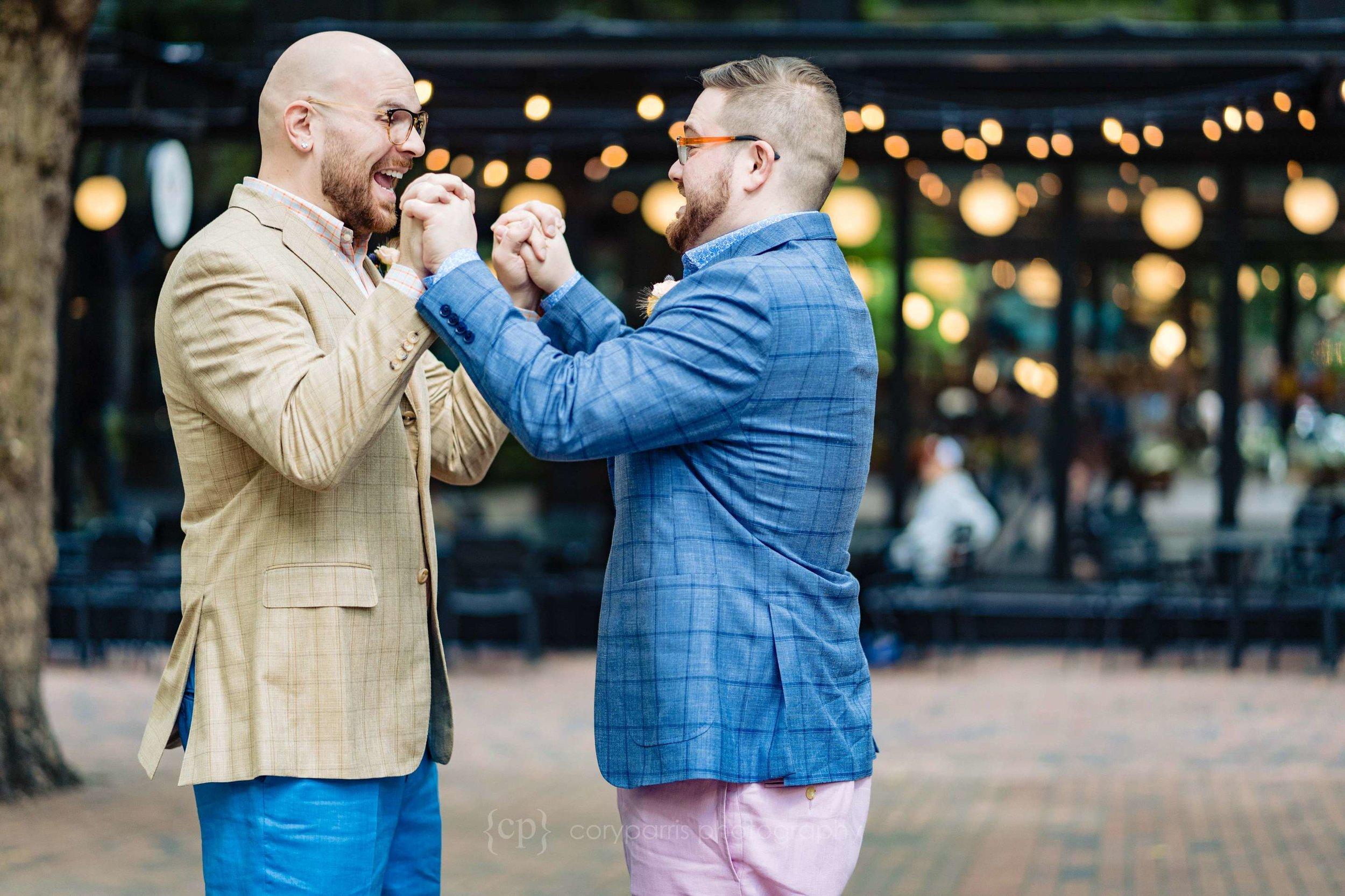 030-Seattle-Courthouse-Wedding.jpg