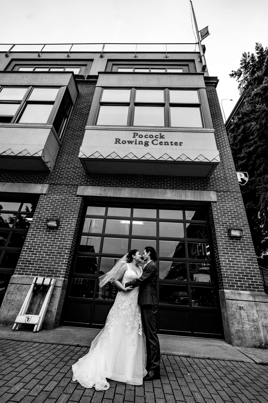 139-Lake-Union-Cafe-Wedding-Seattle.jpg