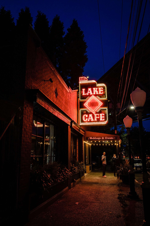 680-Lake-Union-Cafe-Wedding-Seattle.jpg