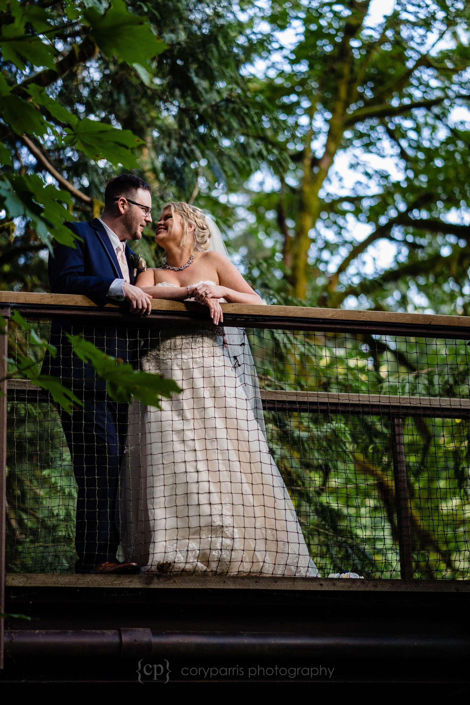 536-treehouse-point-wedding-photography.jpg