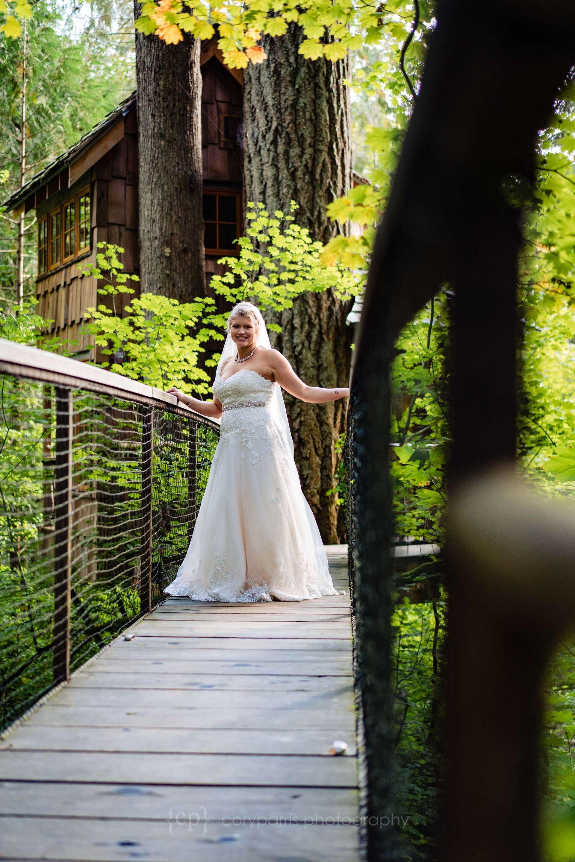 549-treehouse-point-wedding-photography.jpg