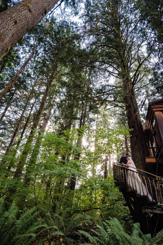 559-treehouse-point-wedding-photography.jpg