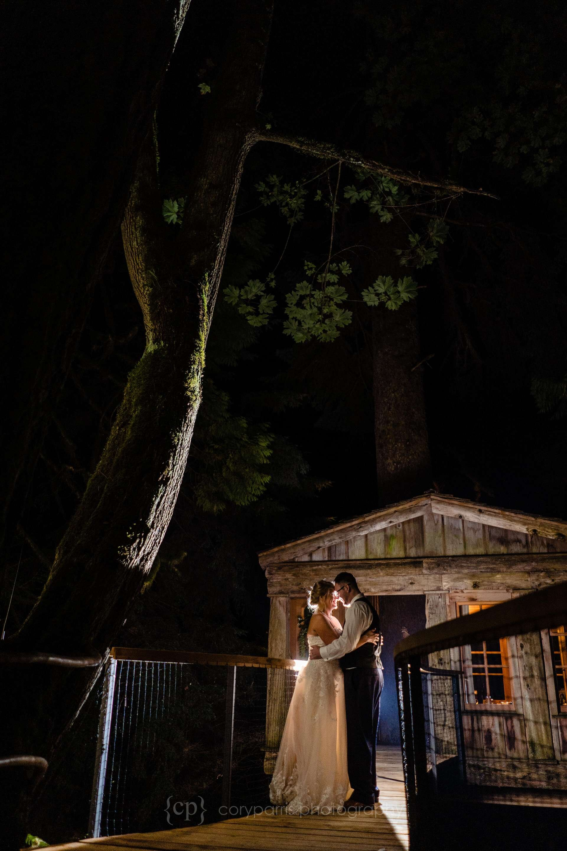 775-treehouse-point-wedding-photography.jpg