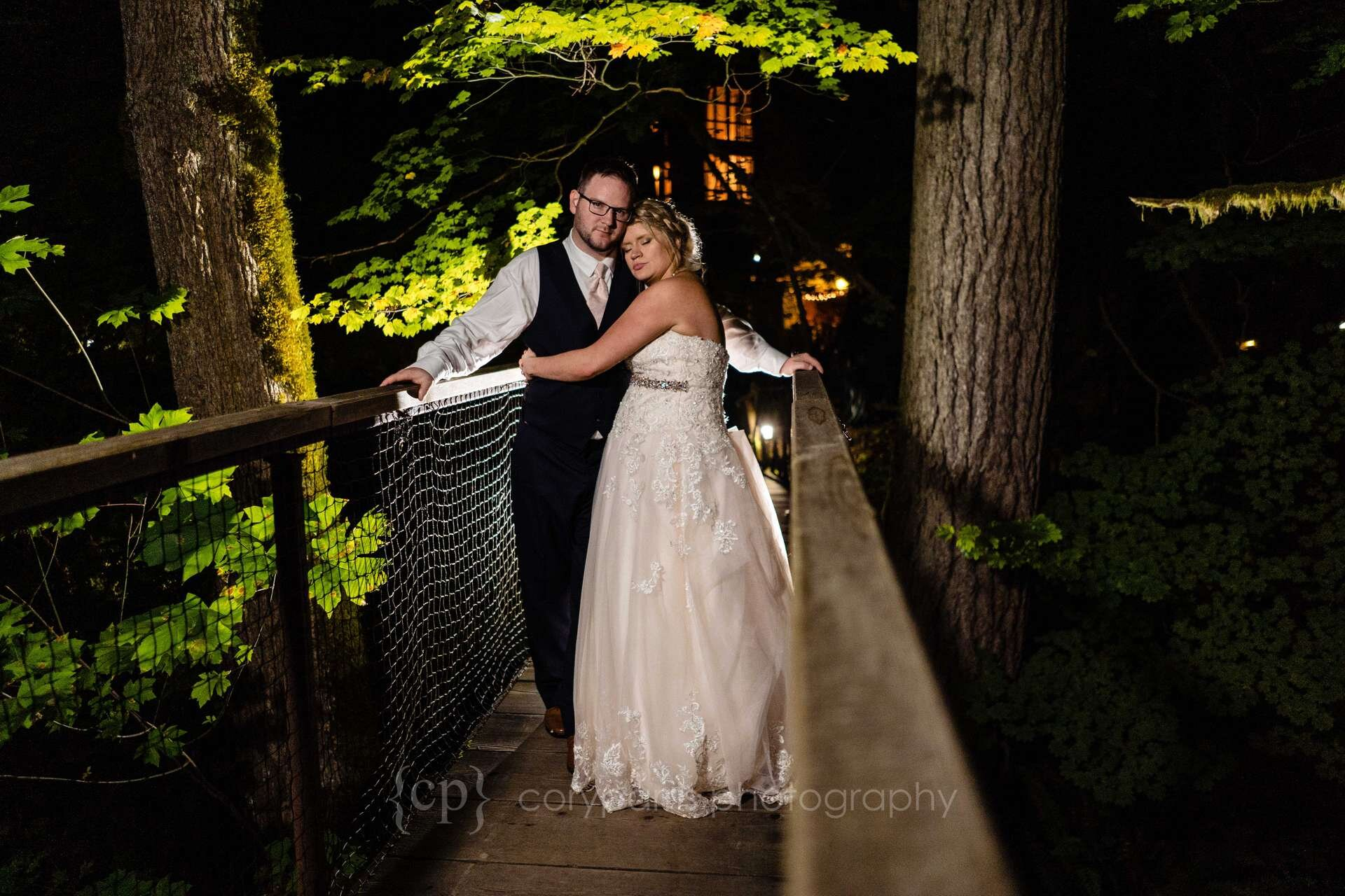 785-treehouse-point-wedding-photography.jpg
