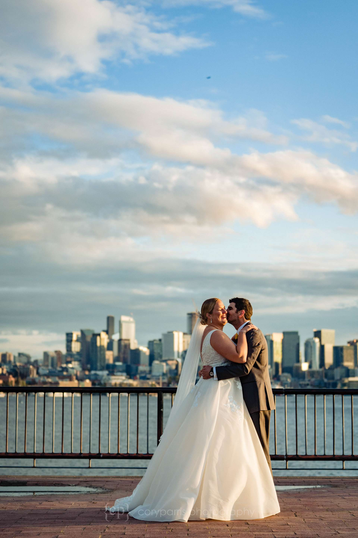 500-seattle-wedding-at-lake-union-cafe.jpg