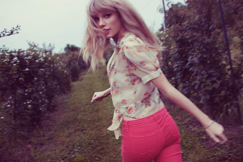 Taylor Swift - Venus in Aquarius