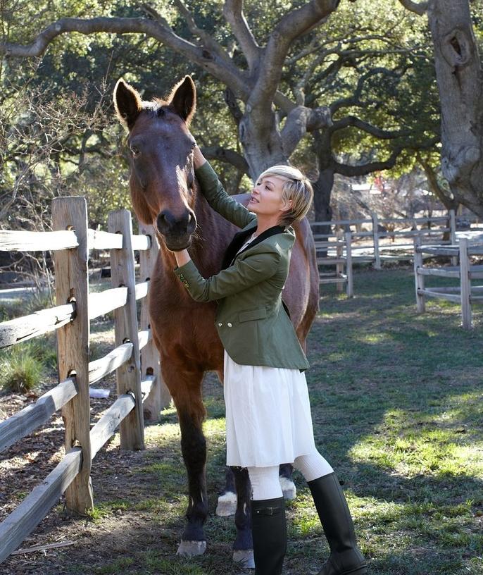Portia DeRossi - The Mustang