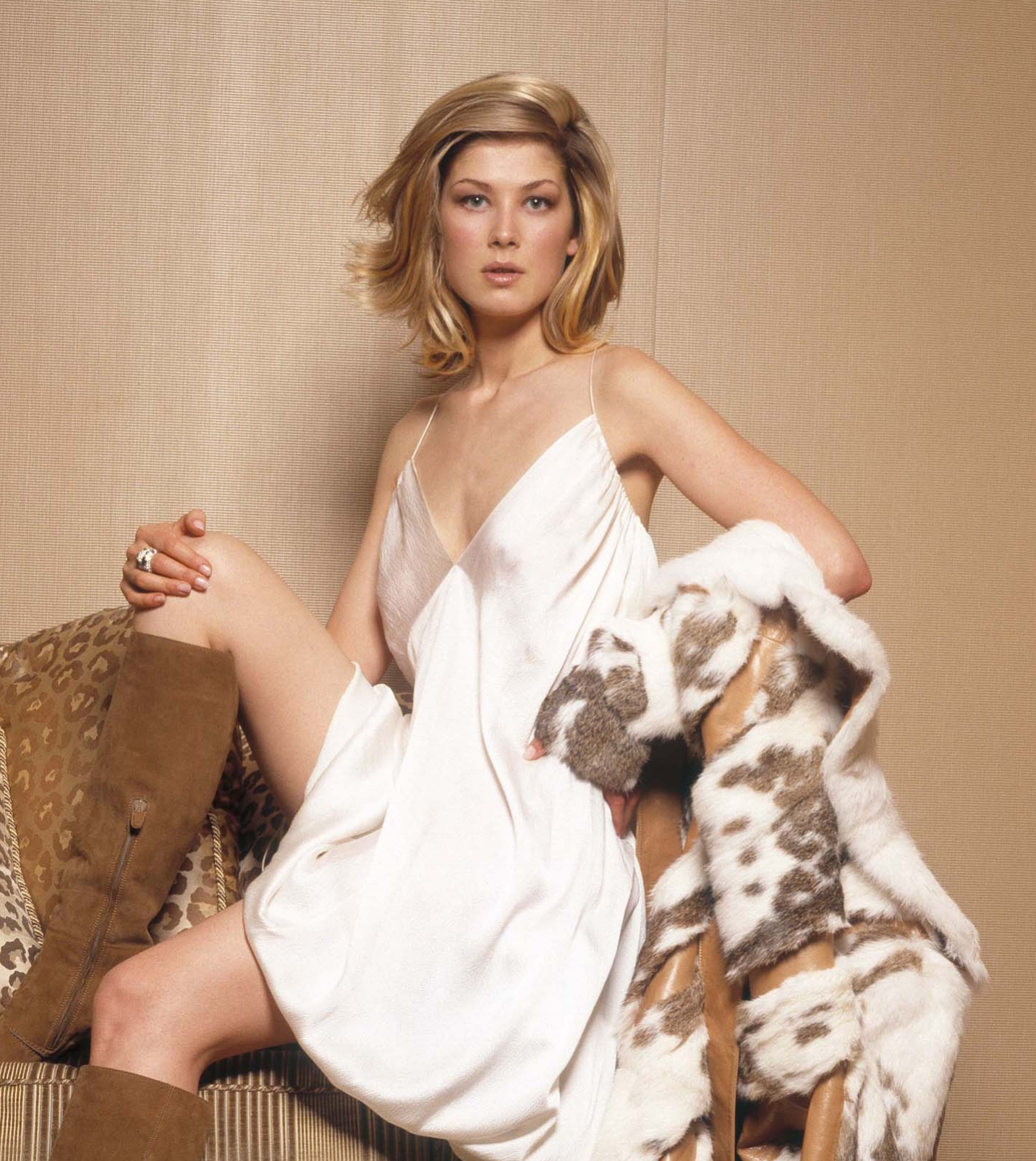 Rosamund Pike - Ms Cool