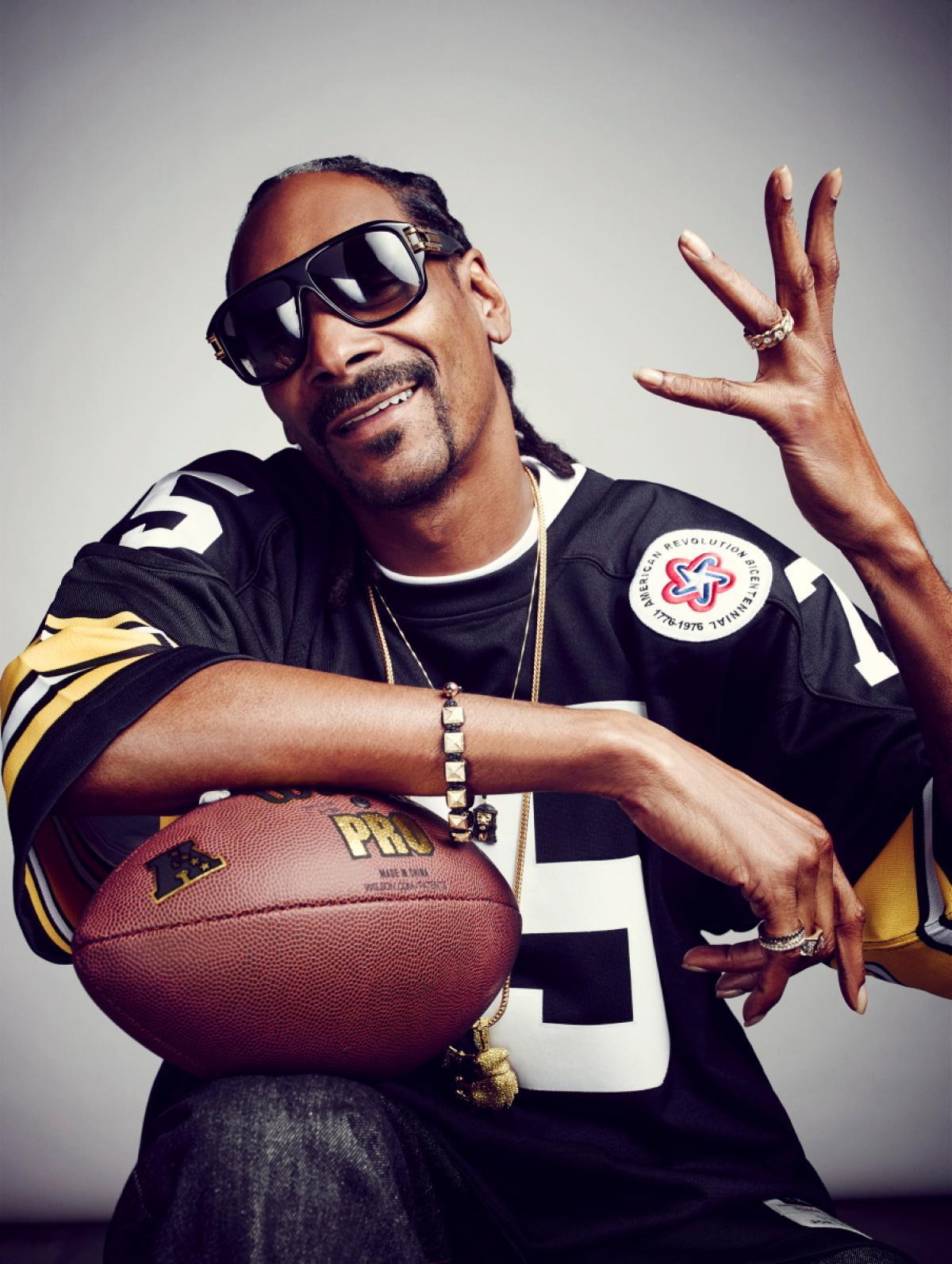 Snoop Dogg - Mars in Aquarius