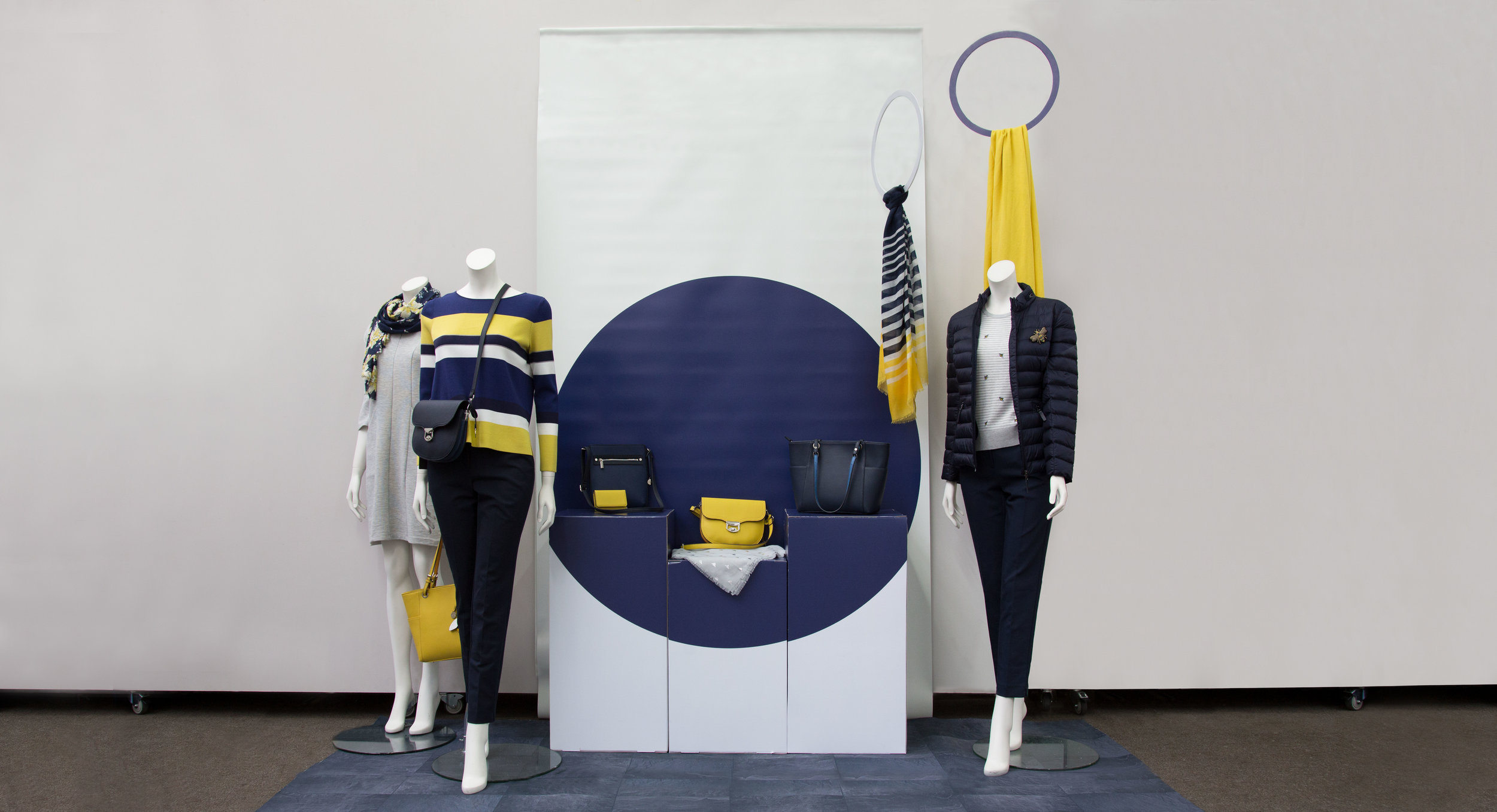 fashion mock-up.jpg