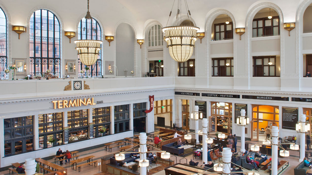 Housed in the original Union Station and home to the Terminal Bar, the Crawford is one of Denver's new and lively spots right in the middle of the action. Ride the Light Rail directly here from the airport.     $230-260 (10% off normal rates)