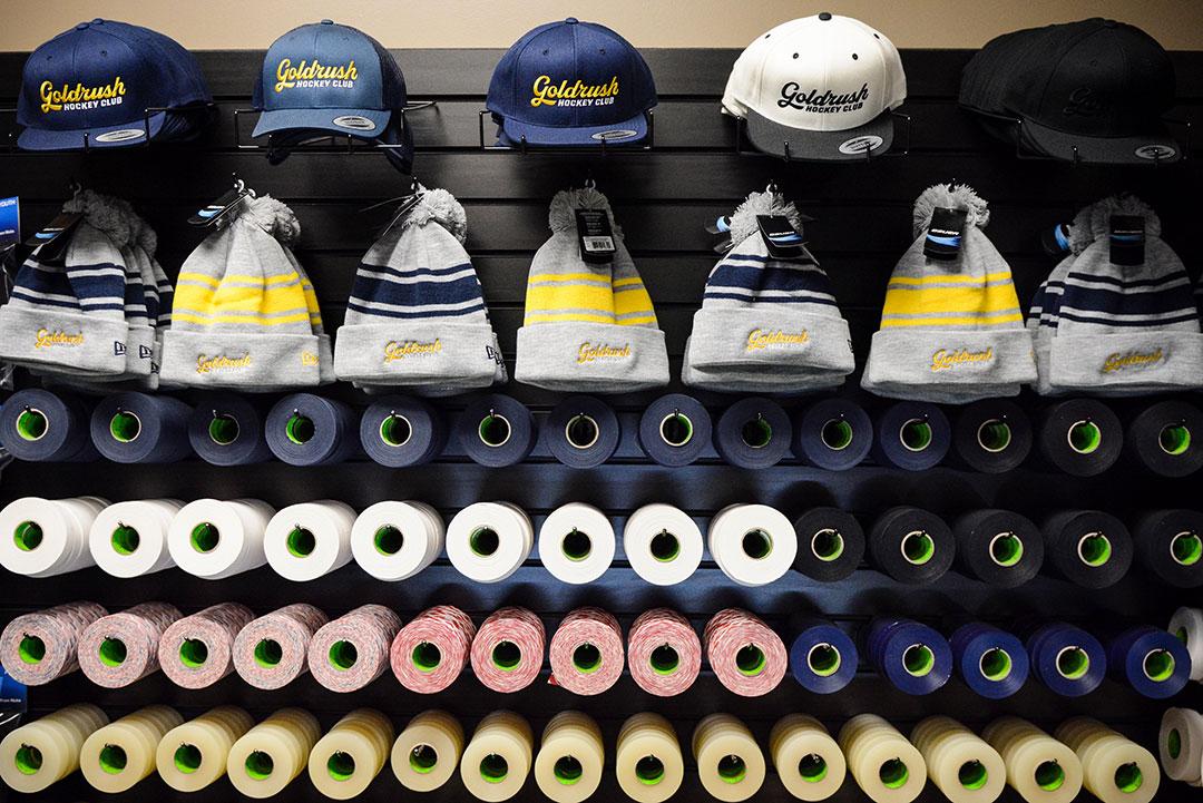 goldrush-hockey-beanie-threads.jpg