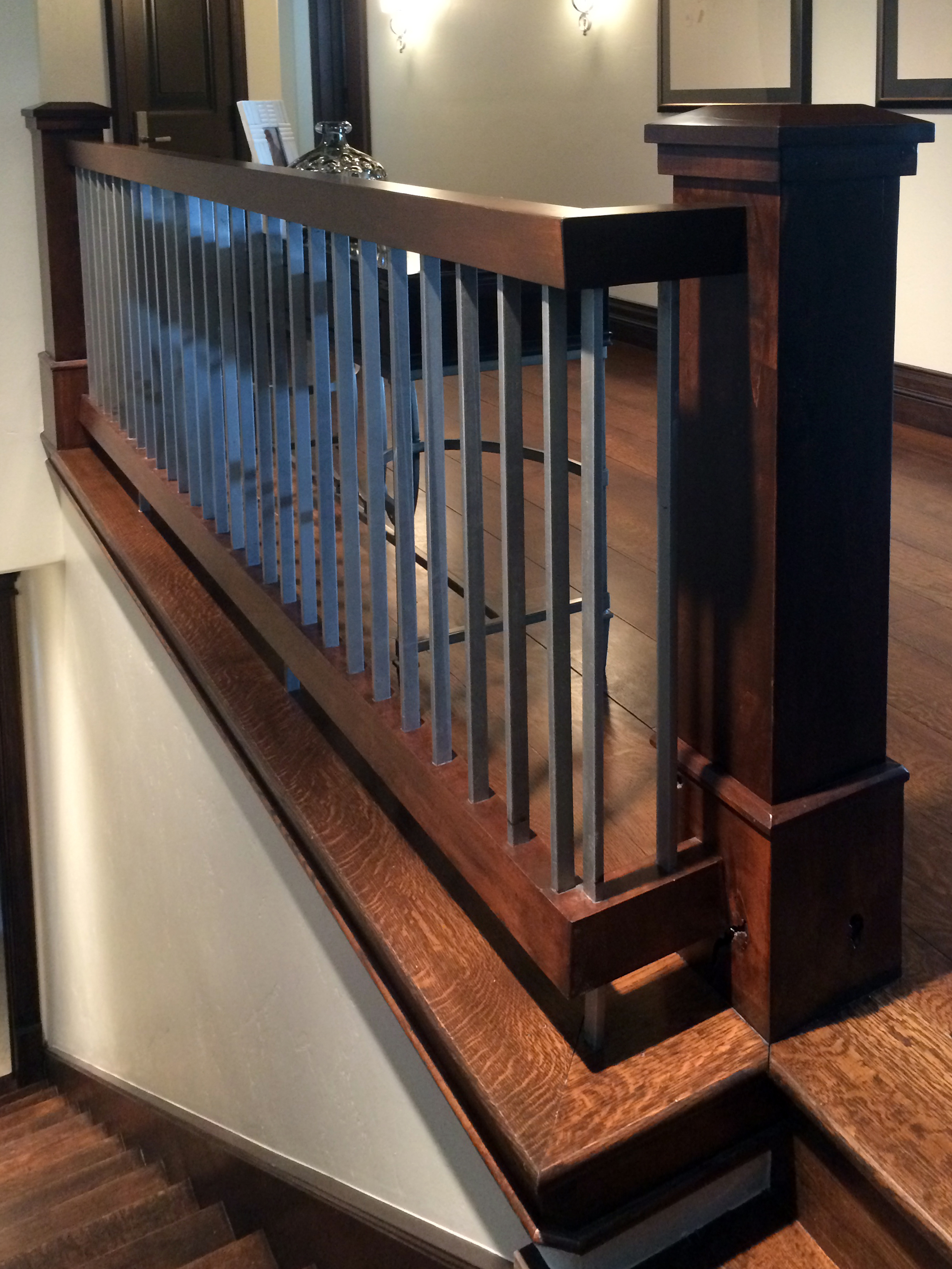 Interior Wood and Vertical Flat Bar (3).jpg