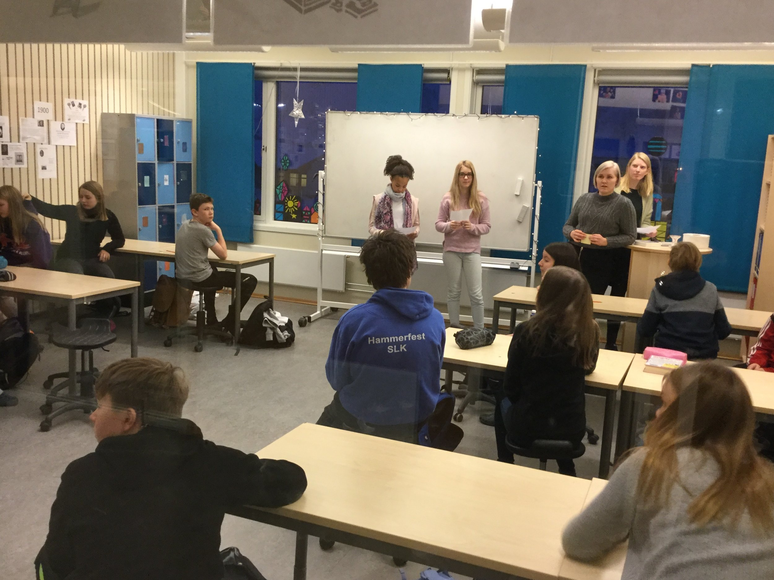 Students giving an oral presentation. Fjordtun skole.
