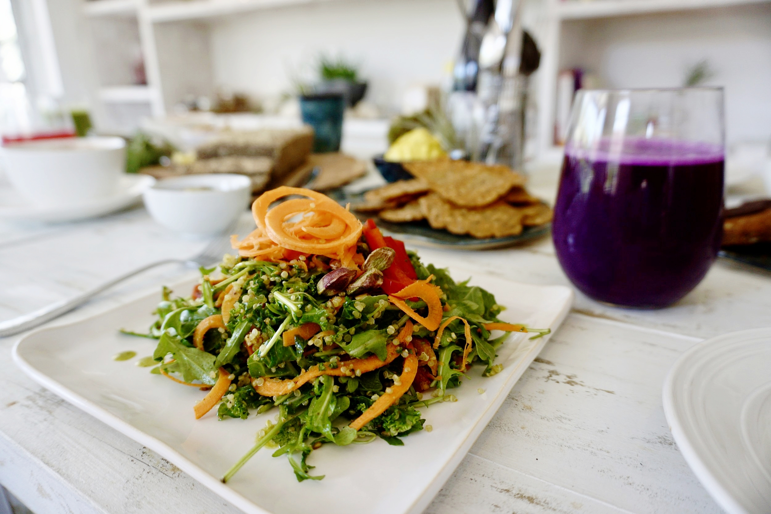 Vegetable salad with herb dressing