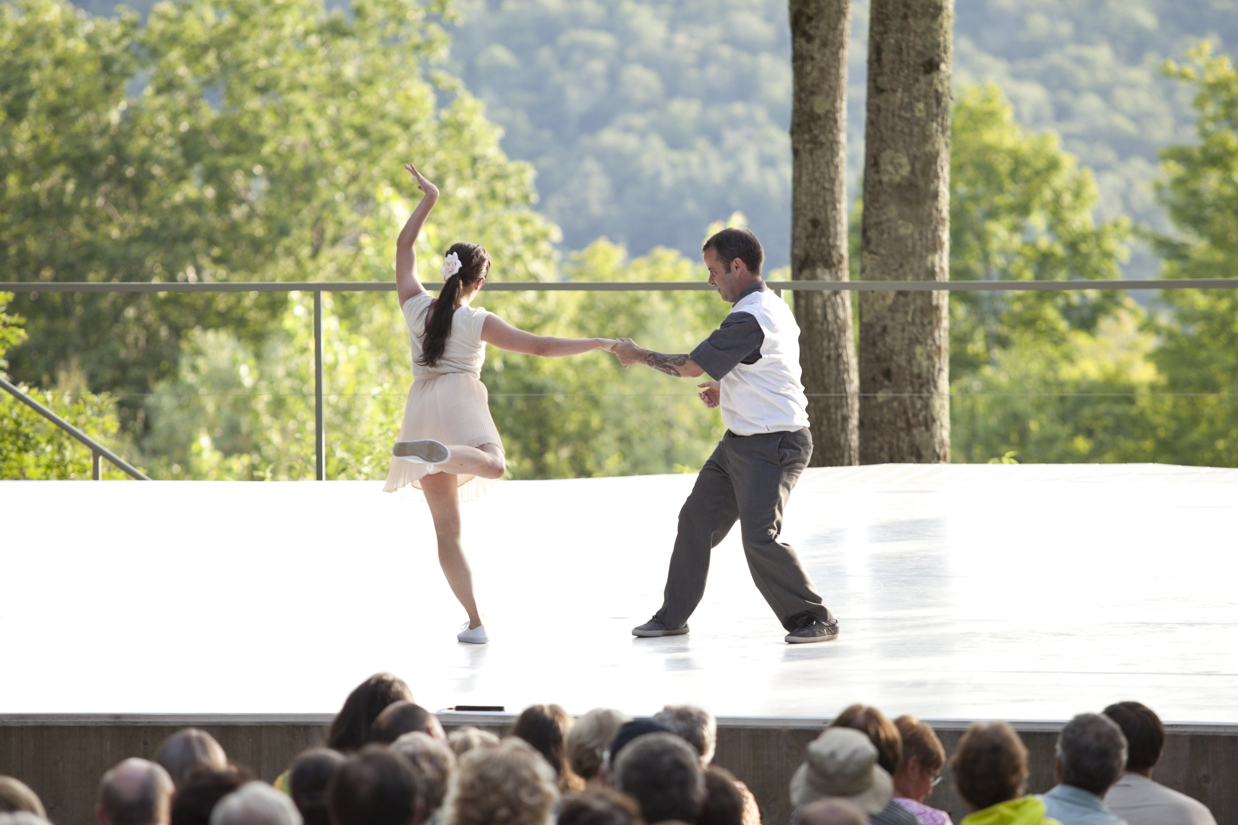 TheHellsKitchenKilowatts_2014JamieKraus_courtesyJacobsPillowDance_13.jpg