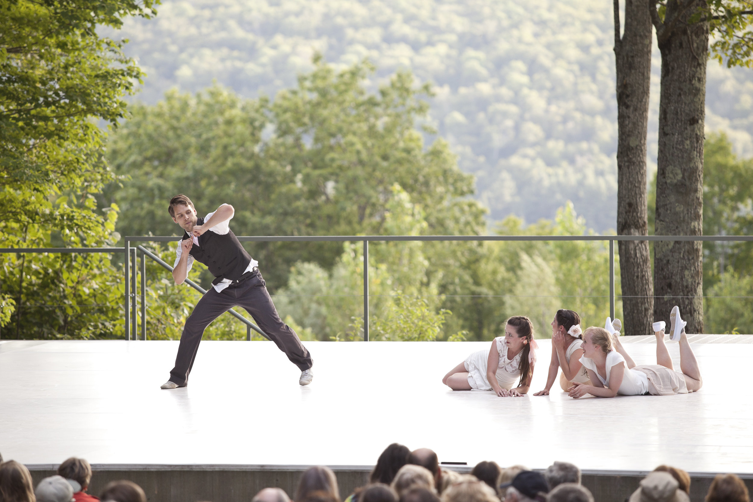 TheHellsKitchenKilowatts_2014JamieKraus_courtesyJacobsPillowDance_10.jpg