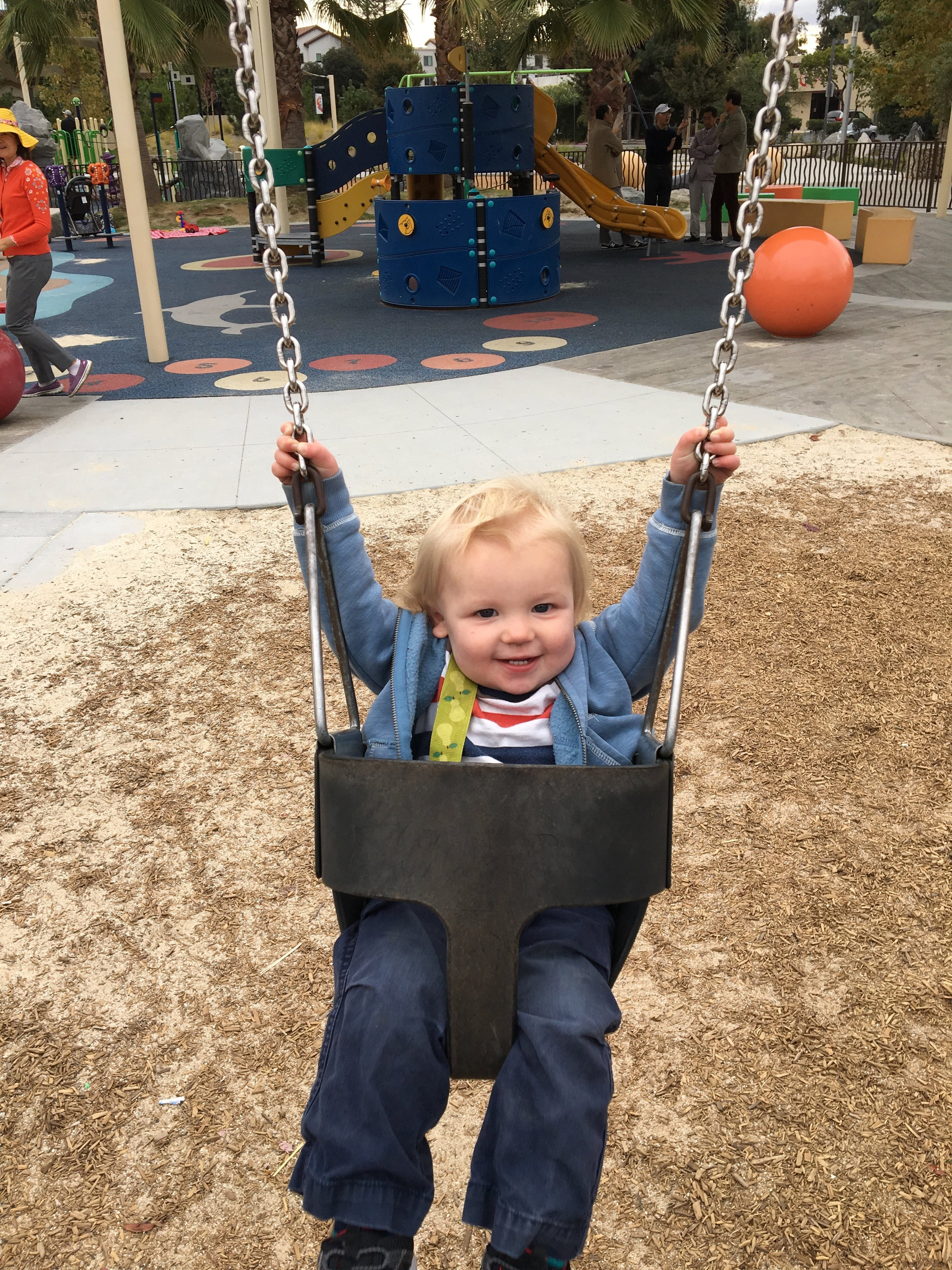 Loves the swings