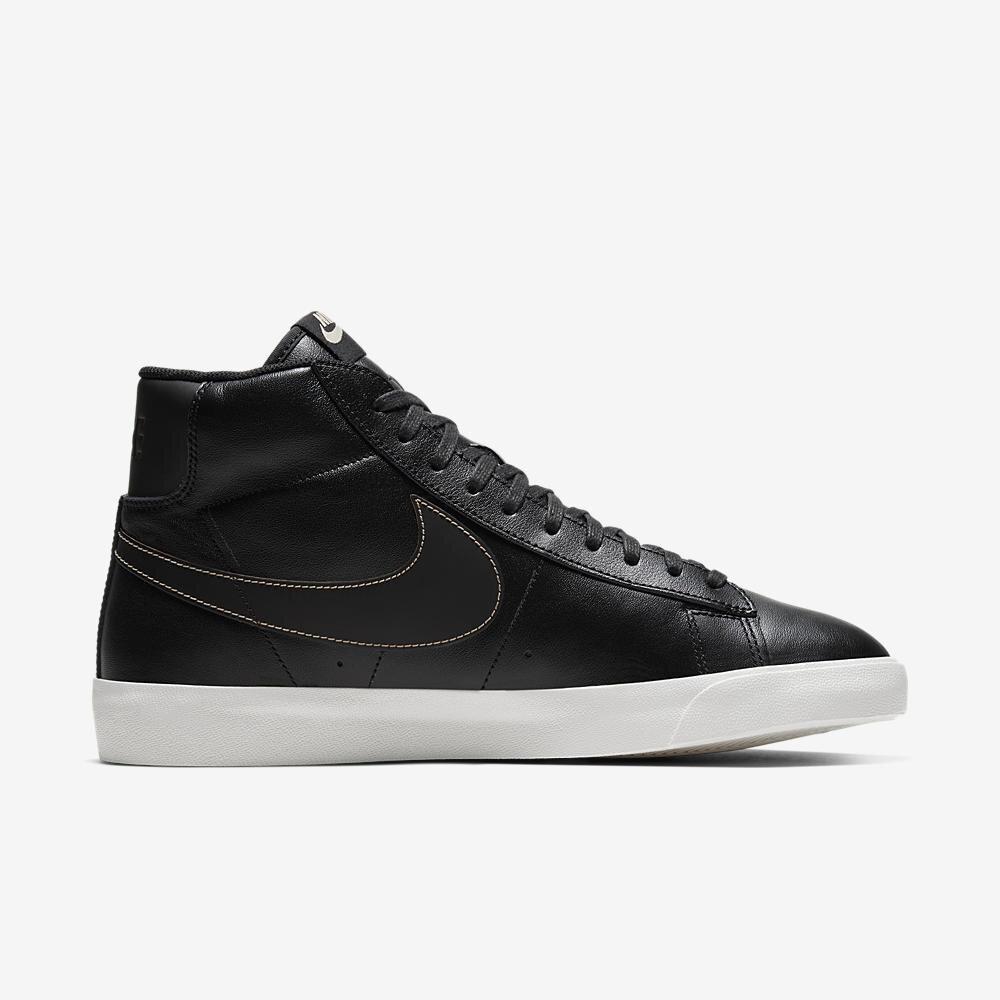 Nike Blazer Mid Premium in Black/Sail
