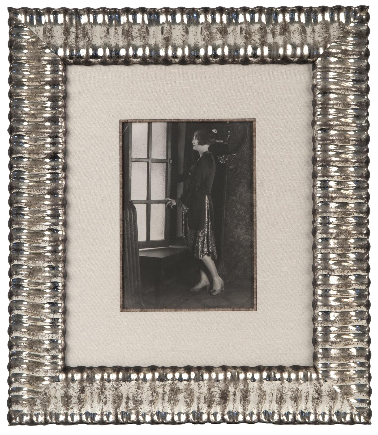 Rippled Silver Frame