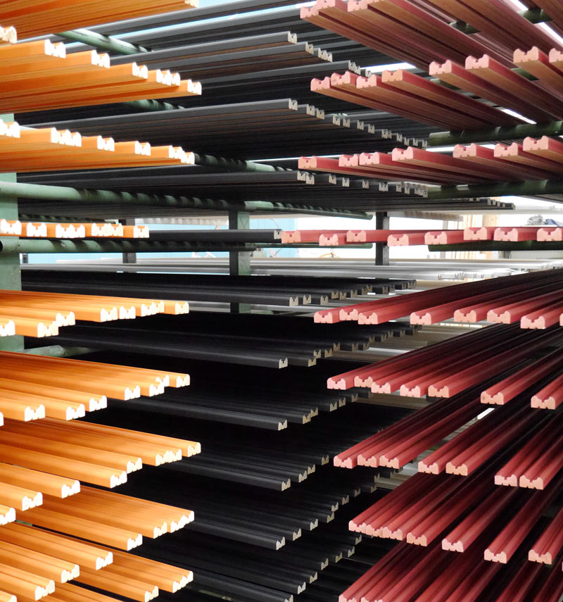 Painted by hand and naturally drying. Even before being made into frames, these mouldings are a work of art.