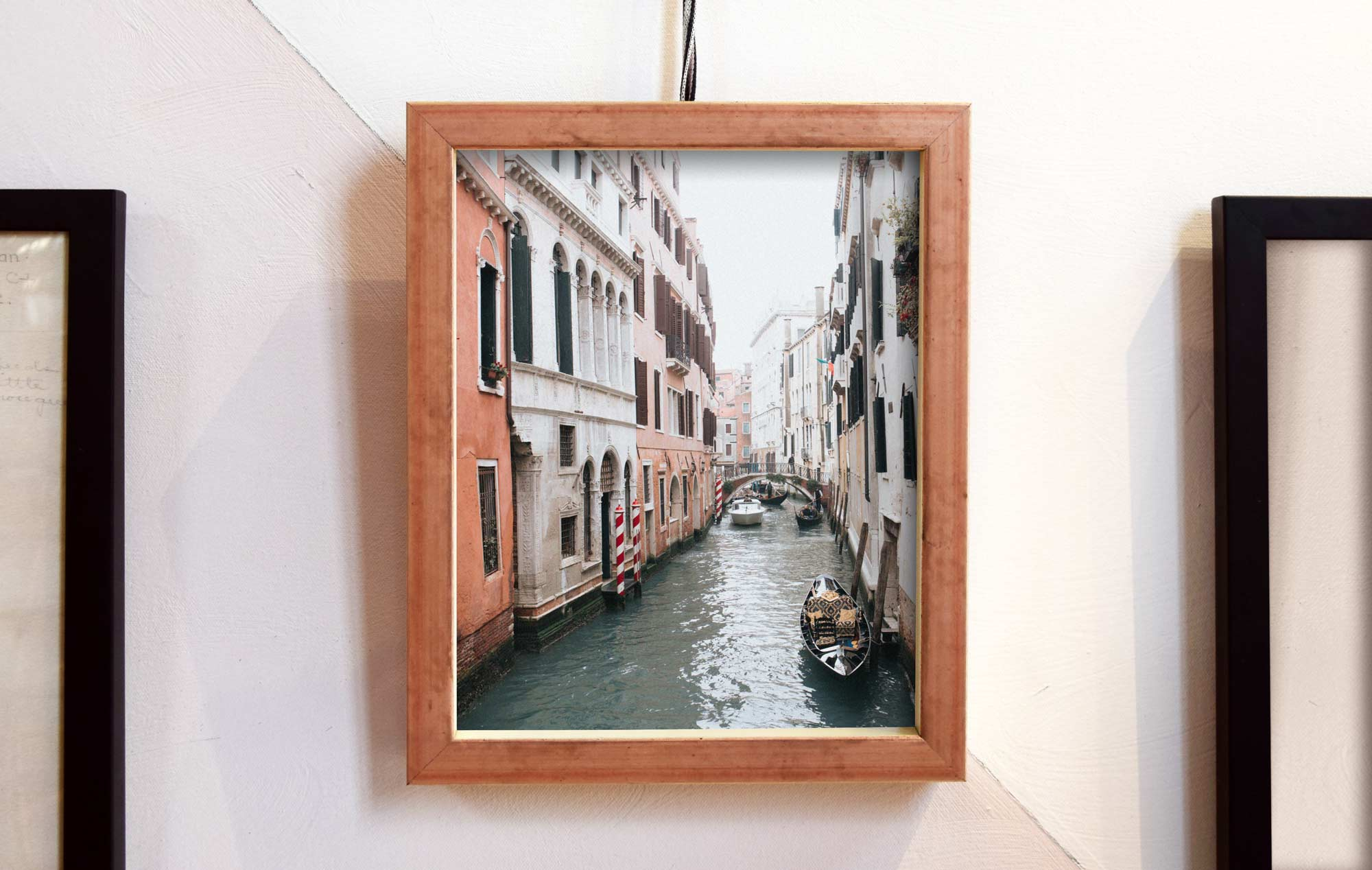 The new Oro Rosa (aka Rose Gold) Brancusi Deep Cap displaying European vacation photo.  You can pick up your own Photo Frame version of Brancusi in our shop !