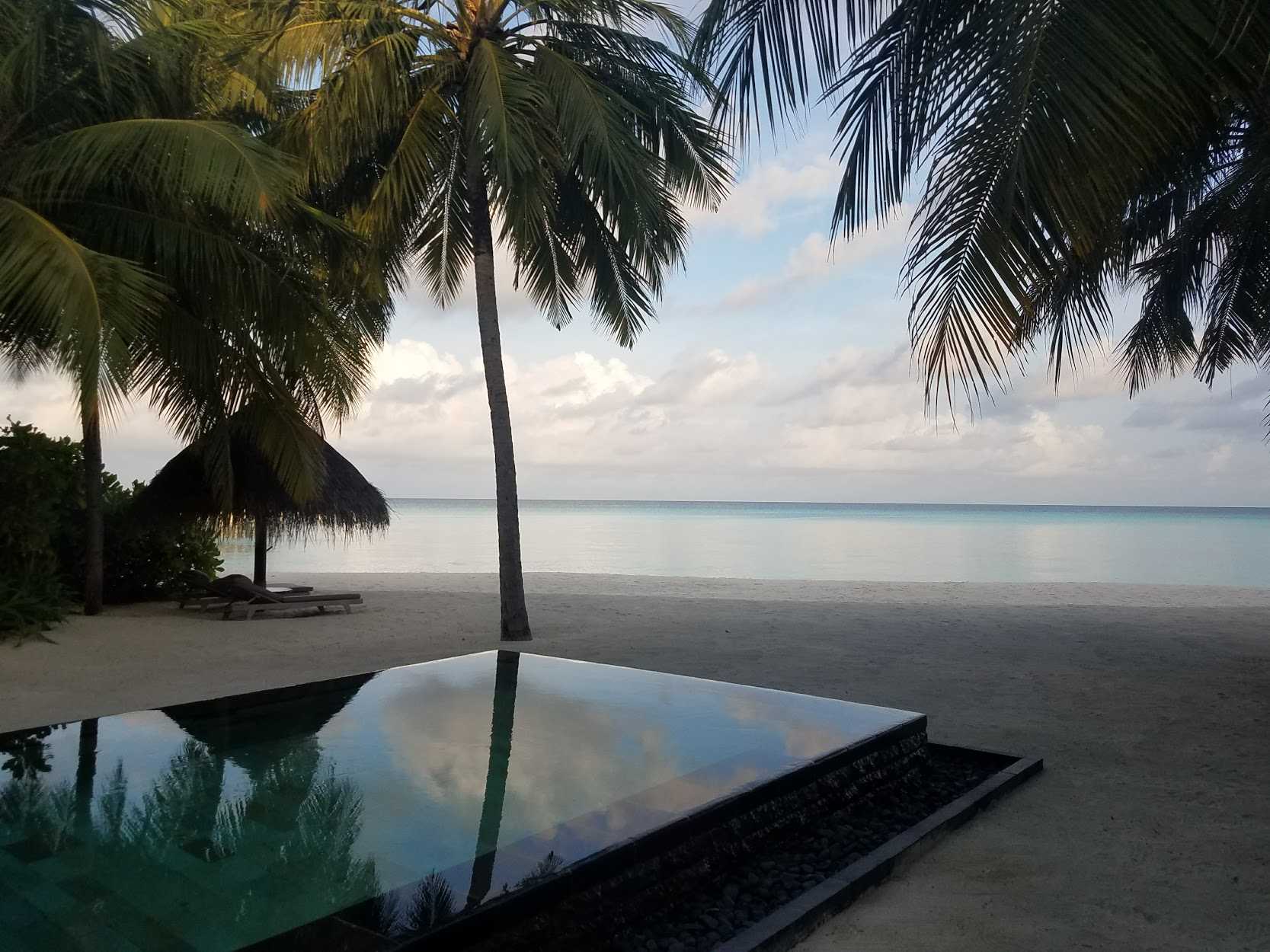 Sunset from heaven at One & Only Reethi Rah.