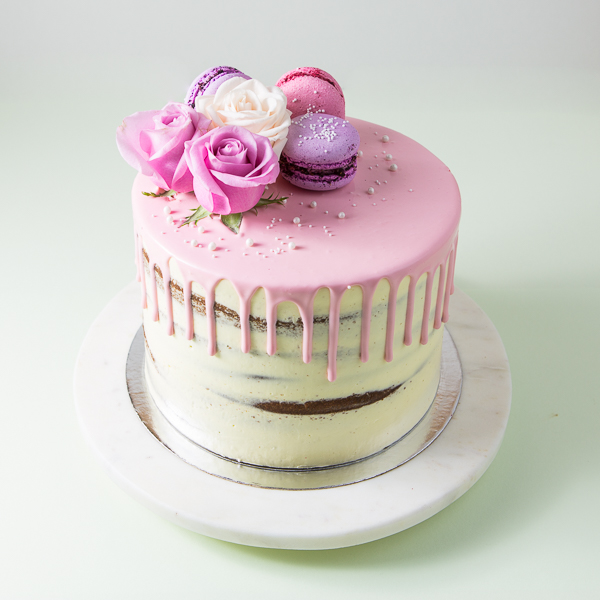 Semi Naked Cakes -