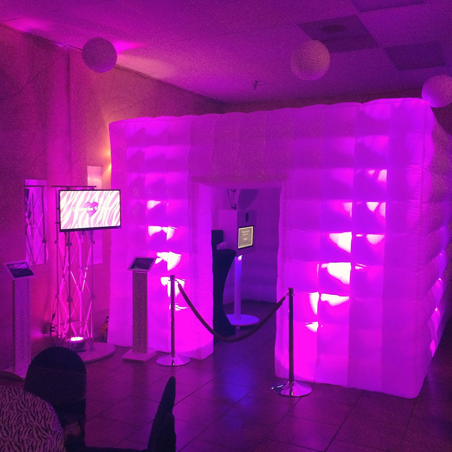 Extraordinary_Entertainment_PHotoBooth_Enclosures_2.jpg