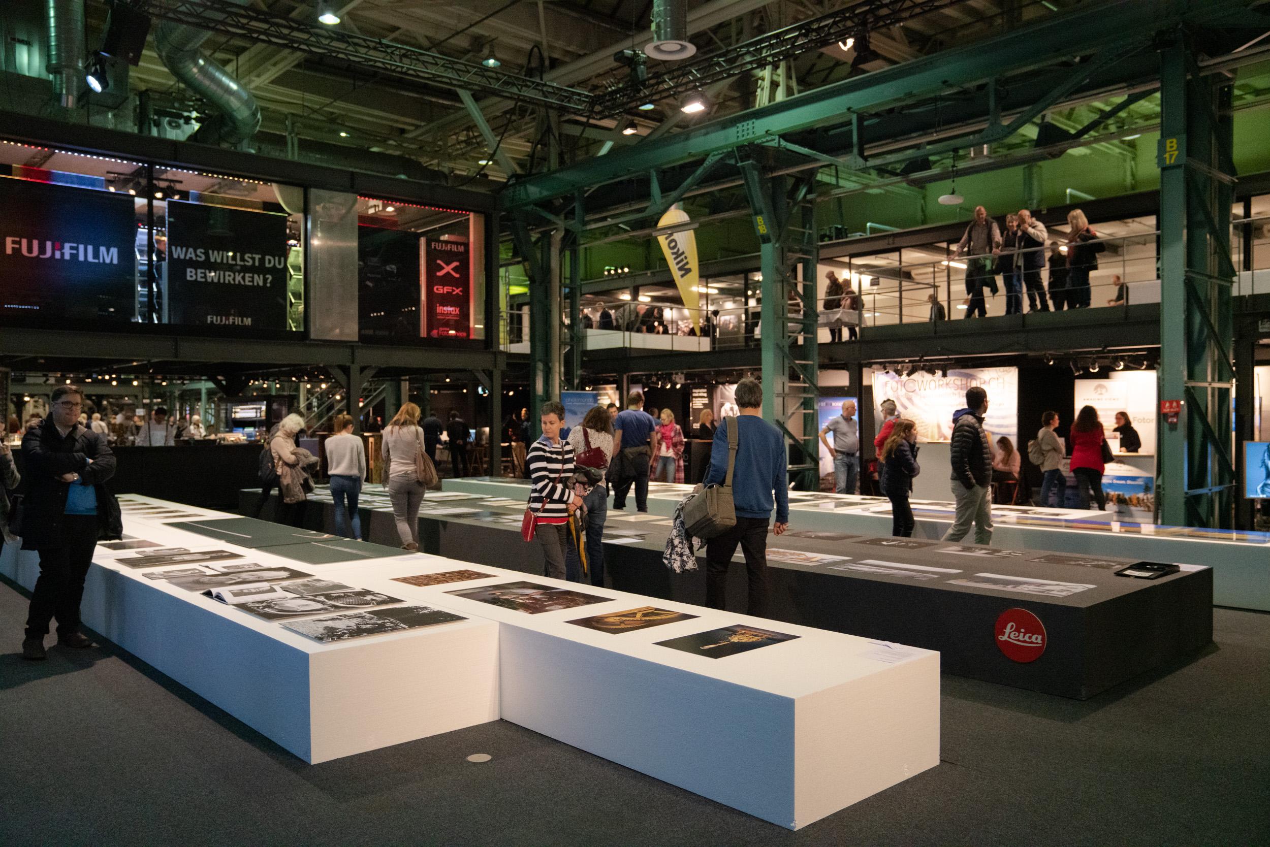 Impressionen von der Ausstellungin der Stage one halle - Klicken für Bildgalerie
