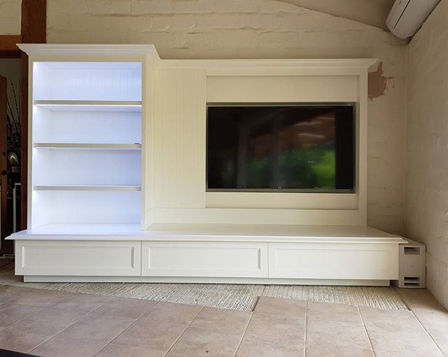 Custom Tv and Bookshelf Installation.