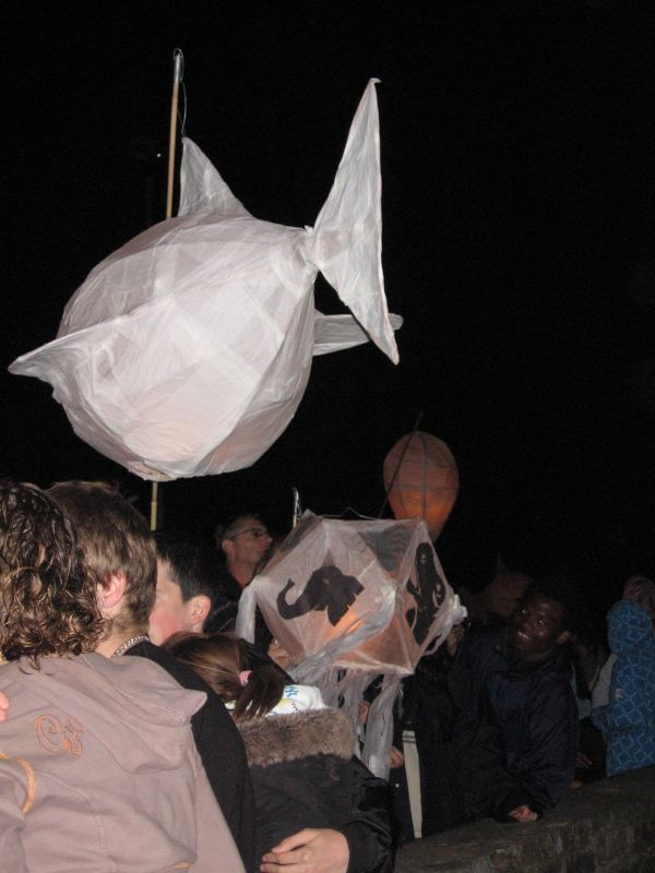 lantern procession 2008 0101.jpg