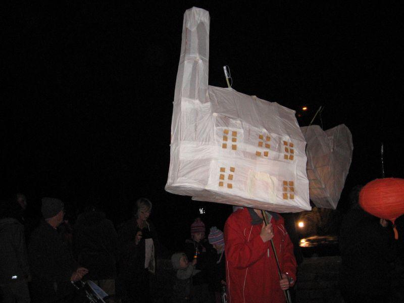 lantern procession 2008 0171.jpg