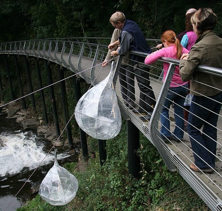 LanternEffects-WaterDrop-FromWalkway[1].jpg