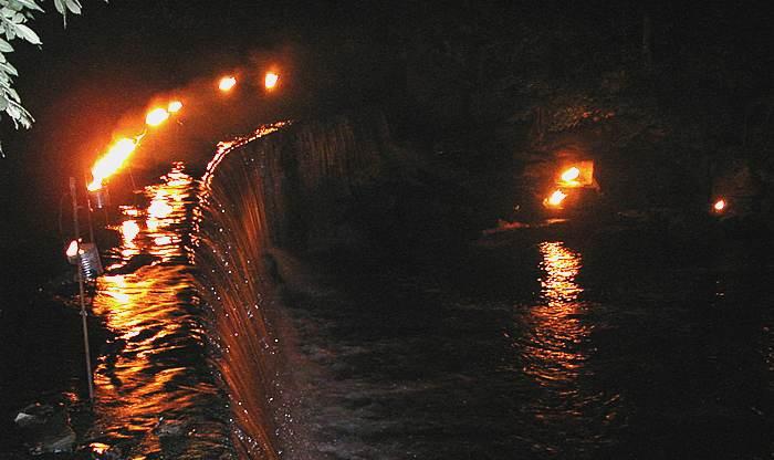 Waterfall(40k).jpg