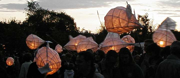 LanternsLitGroup-P43(30k).jpg