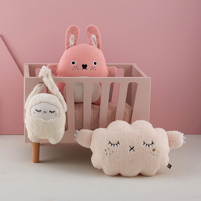 @whiteblackgreykids have some stunning kids products, the @noodoll plush toys are our favourite though, look at how cute they are 😍