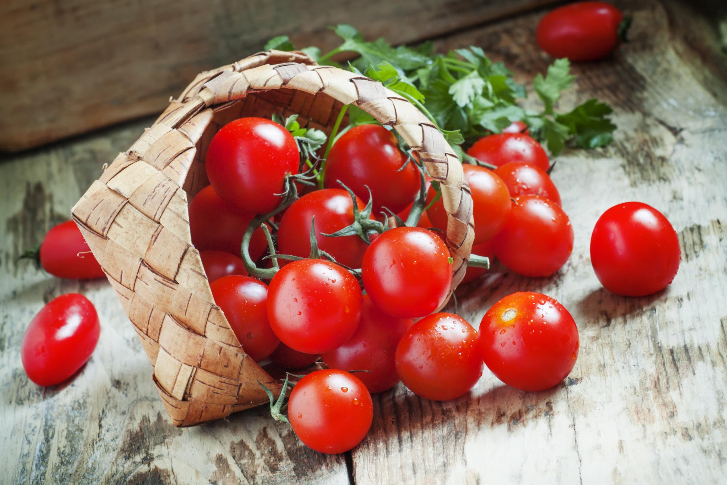 Tomaatti (S).jpg