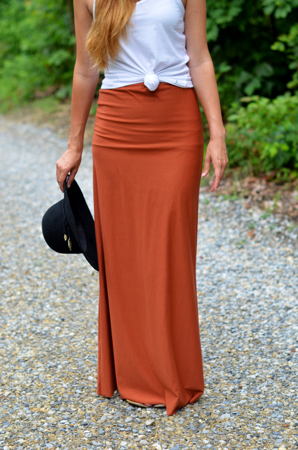 Fine and Feathered Maxi SKirt Tutorial