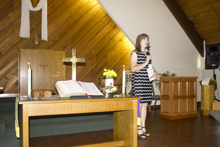 Pastor_April_Farewell_06-16-19--0040.jpg