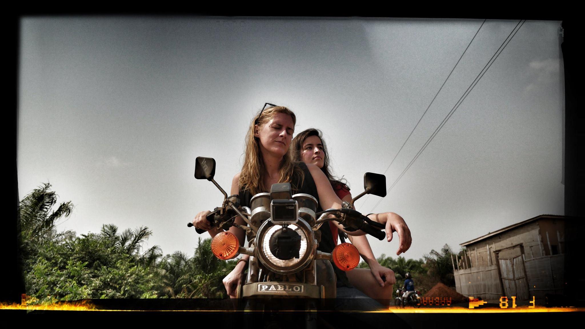 deux yovo une moto