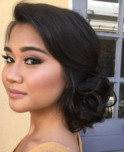 Natural-glowy-Bridal-Makeup-san-diego