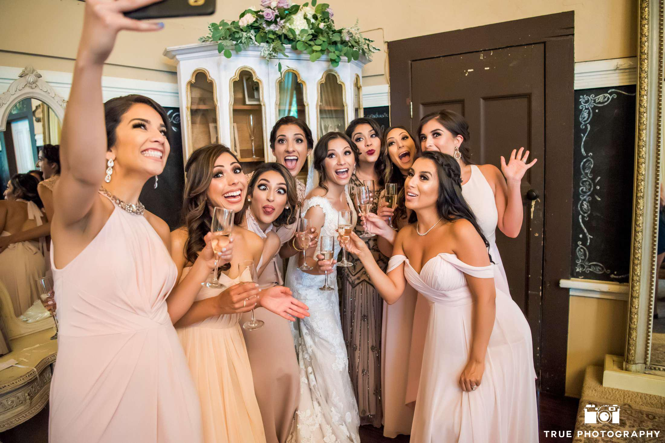 Silly Bridal Party Selfie Photos on Morning of Wedding