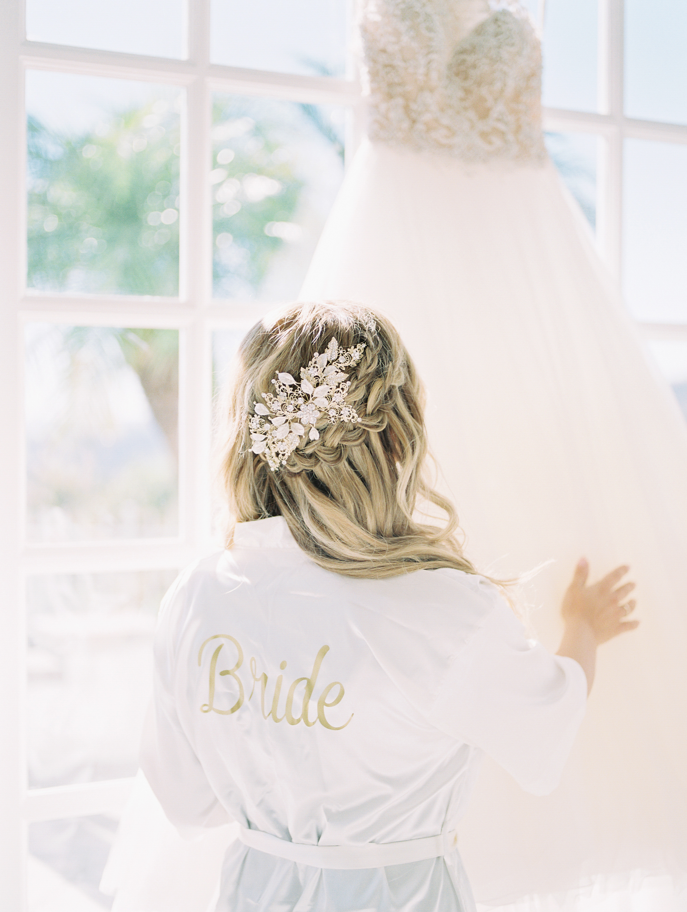 san-diego-thevanitybelle.com-bride-bride hair-wedding hair stylist-half-up-do-twisted braids-
