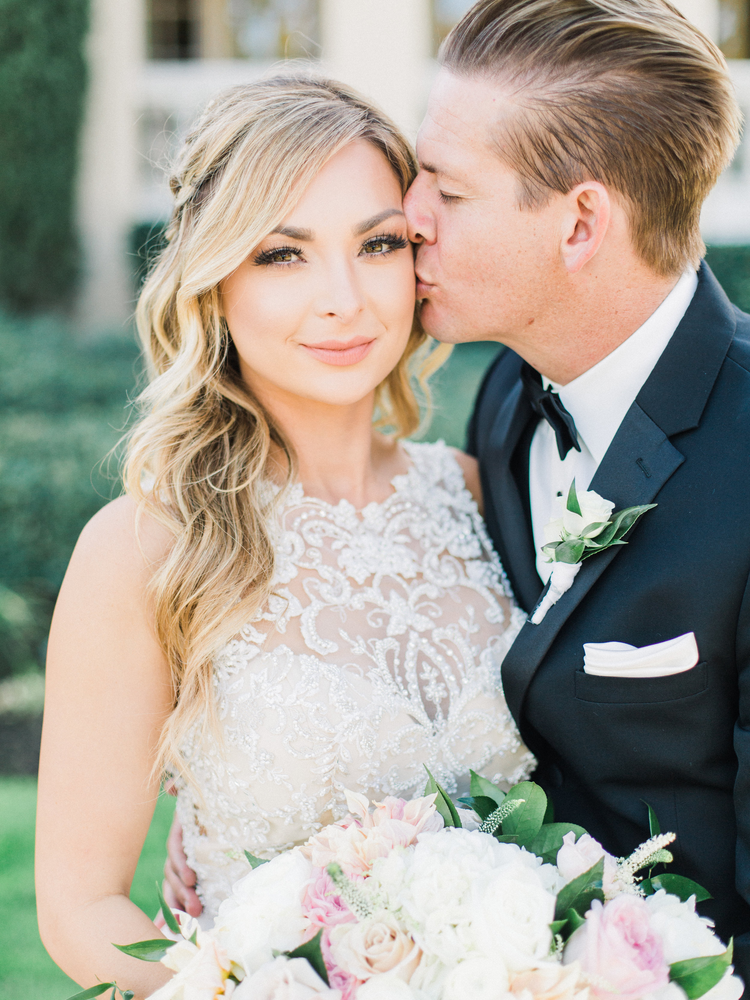 bride and groom-bridal beauty-san diego-thevanitybelle.com-brown eyes-long lashes-wedding makeup artist-