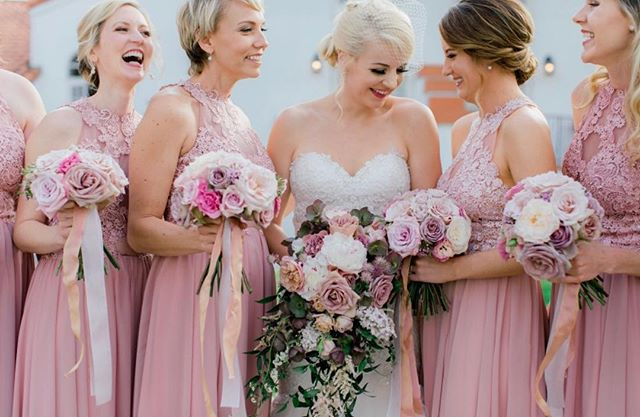 All you need is love 💗 ... and some amazing girlfriends to be by your side! . . . Hair | #vanitybelledannielle Makeup | #vanitybelledebra Beauty Boutique | #vanitybelle . Photographer | @jessicarice.co Wedding Coordinator | @sweetblossomweddings Florals | @studiofleurish Venue | @omnilacosta