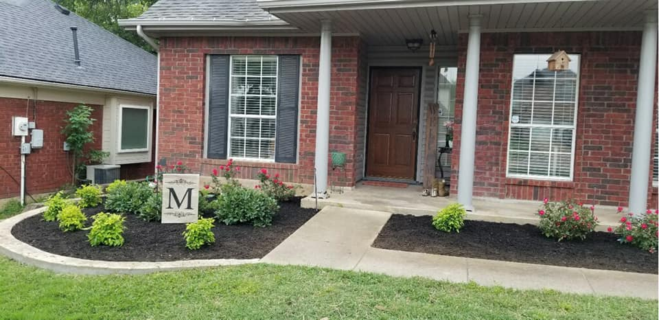 Just a few changes …..BIG DIFFERENCE don't you think? Are you needing a yard makeover?