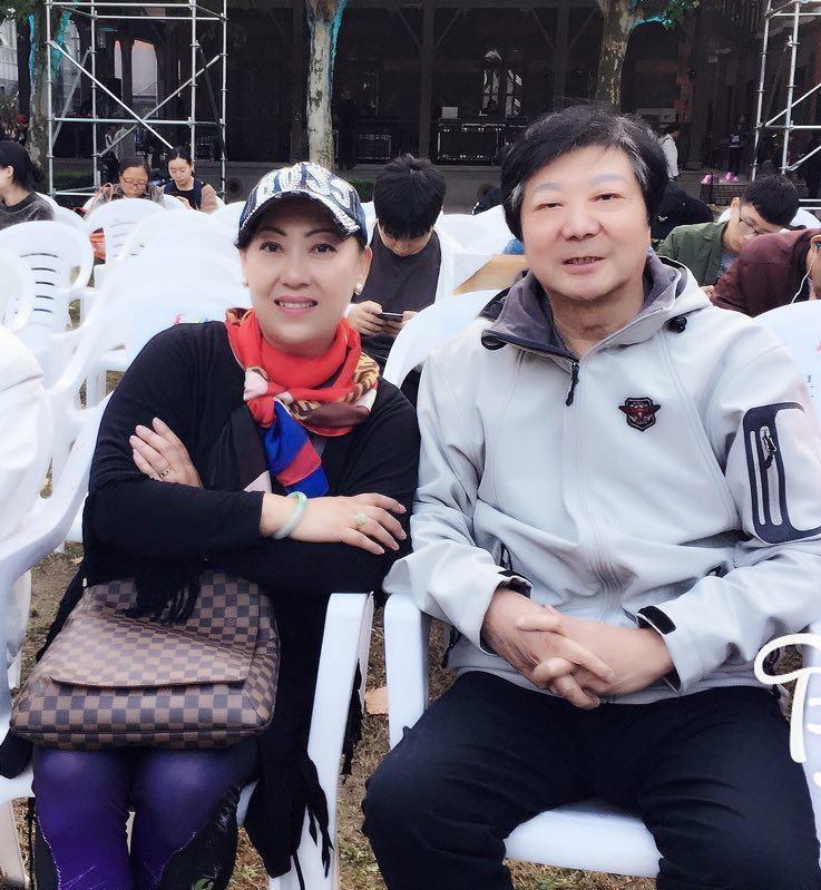 与上海民族乐团国家一级演奏家孔庆宝先生在一起